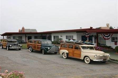 фото Edgewater Beach Inn & Suites 668583120