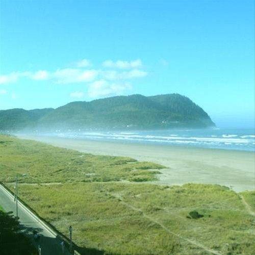 фото Sand and Sea Condominiums 668583508