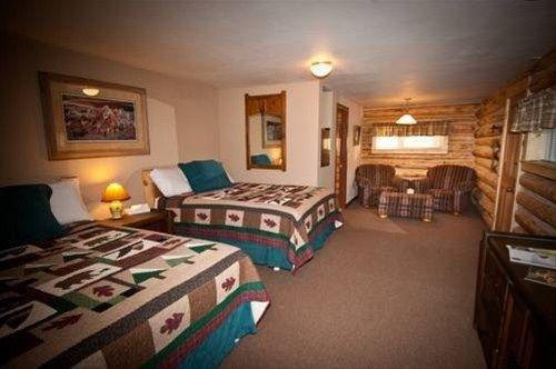 фото San Juan Motel & Cabins 668585676