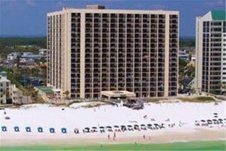 фото Resortquest Rentals At Sundestin 668587263