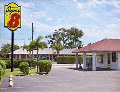 фото Super 8 Florida Cty Homestead 668587406