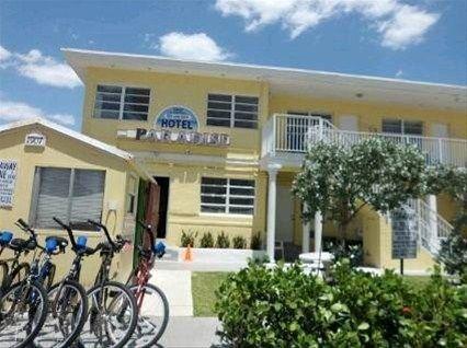 фото Paradise Oceanfront Hotel 668588339