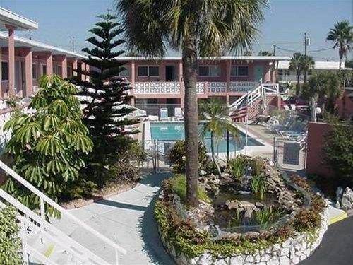 фото Holiday Isles Resort 668589397