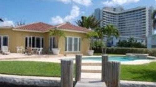 фото Beautiful House on the Bay 668589496