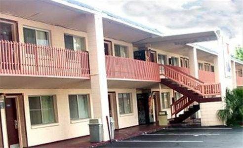 фото Gainesville Lodge 668592367