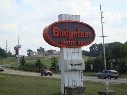 фото Budgeteer Motor Inn 668594698