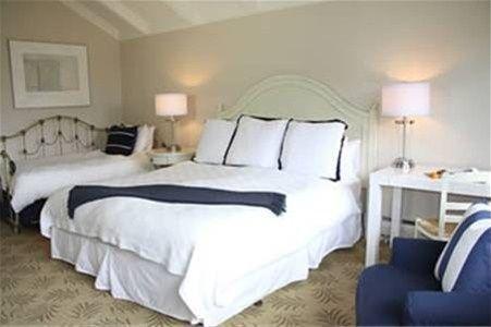 фото Lamp Lighter Inn & Sunset House Suites 668594832