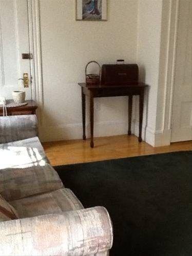 фото The Farrington Inn 668597180