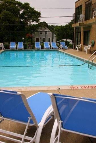 фото Holly Tree Resort 668598415