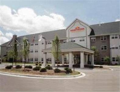 фото Hawthorn Suites by Wyndham Ann Arbor 668599331