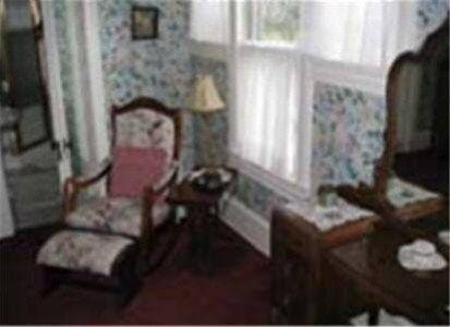 фото Le Blanc House Bed & Breakfast 668600883