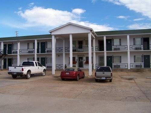 фото Budget Deluxe Motel 668601417