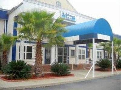 фото Ashburn Inn of GoldRock 668602568
