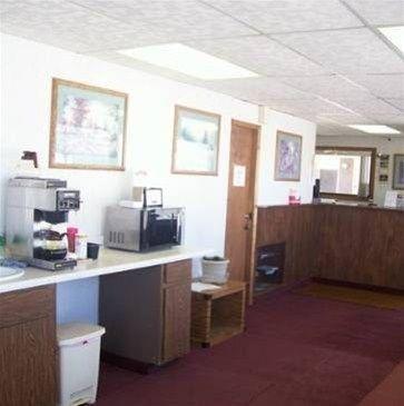 фото 1st Interstate Inn - Alliance 668603450