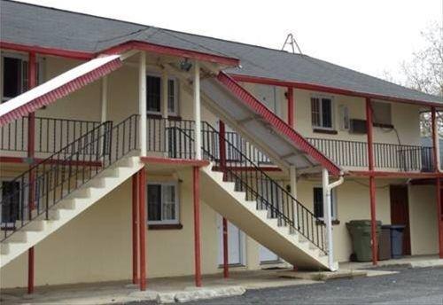 фото Fernwood Motel 668604800