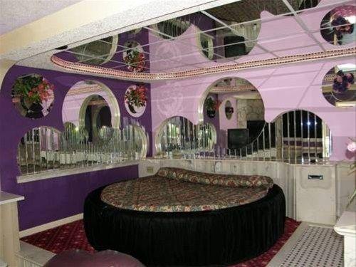 фото Gallery Holiday Motel 668604899
