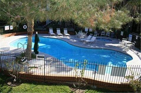 фото Saddle West Casino Hotel RV Park 668606308