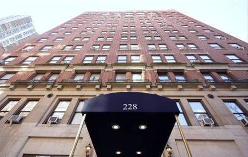 фото Broadway Apartments 668607543