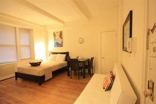 фото Broadway Apartments 668607544