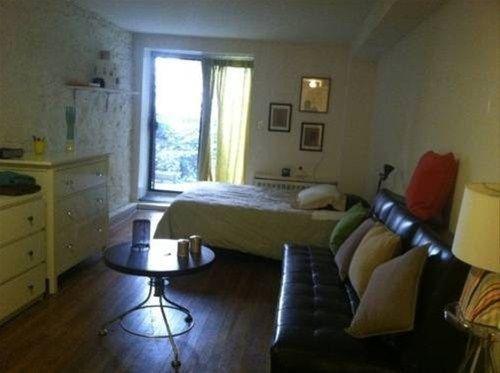 фото Grove Street Apartments 668607890