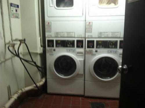 фото Grove Street Apartments 668607891