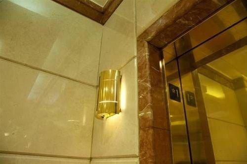 фото Midtown East 47th Street Residence 668608146