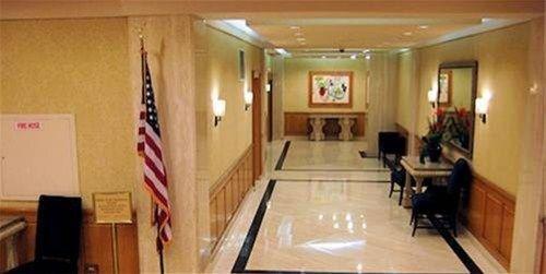 фото Rockefeller Center Apartments 668608639