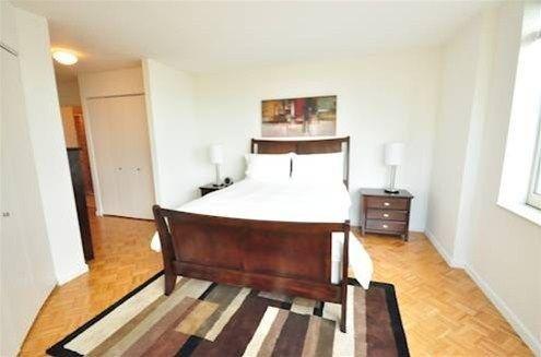 фото Theatre District Apartments 668609146