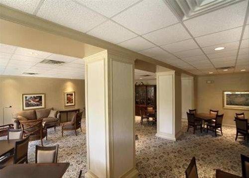 фото Four Seasons Beachwood Apartments 668609994
