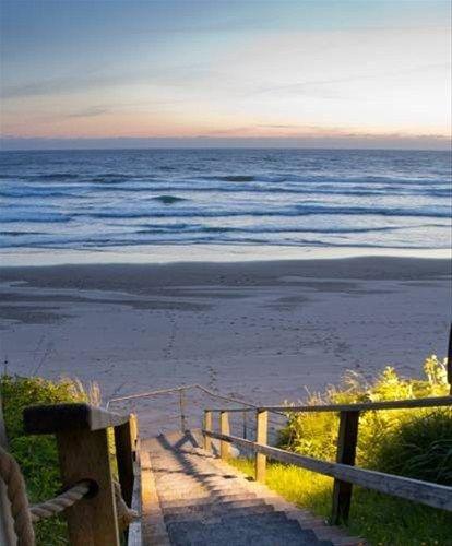 фото Pelican Shores Inn 668612164
