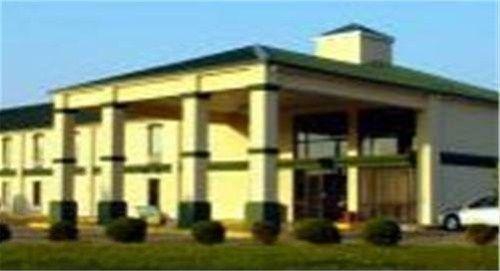 фото Super Inn & Suites 668613538