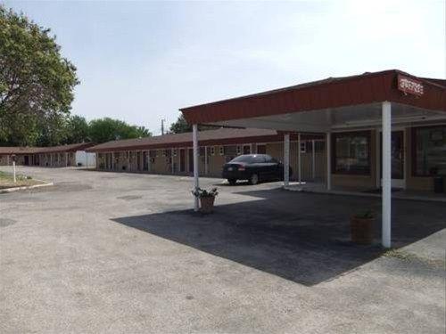 фото The Hills Motel 668618071