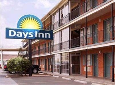 фото Days Inn Lubbock 4th Street 668618343