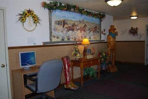 фото Western Inn 668620920