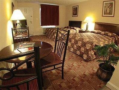 фото Sundial Inn 668621602