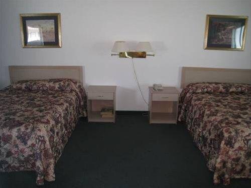 фото Crown Inn 668622572