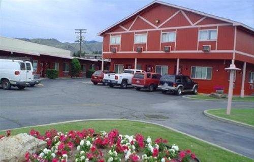 фото Avenue Motel Wenatchee 668622839