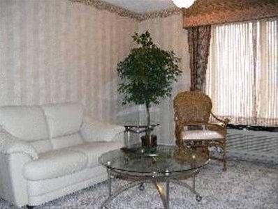 фото Chateau Royale Inn 668623112