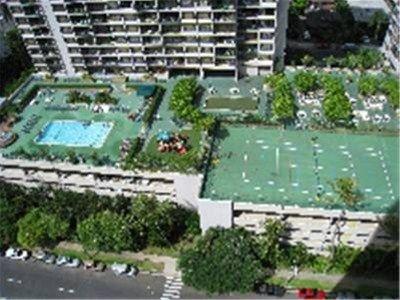 фото Waikiki Banyan Vacation Rentals 668624352