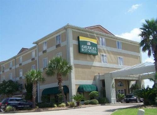 фото America`s Best Inn & Suites 668664152