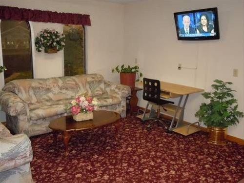 фото Ozark Inn Springfield 668668616