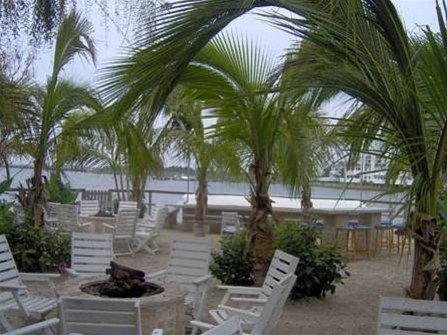 фото Coconut Malorie Resort 668676914
