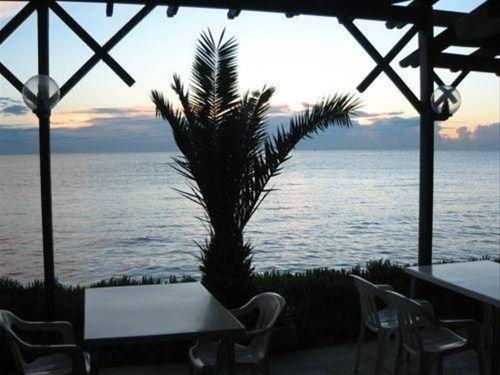 фото Sandbeach Castle Hotel 668691685