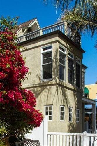 фото Yarmouth Beach House 668745328