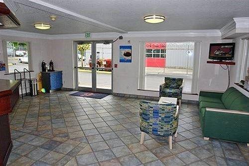 фото Motel 6 Portland Mall - 205 668746452