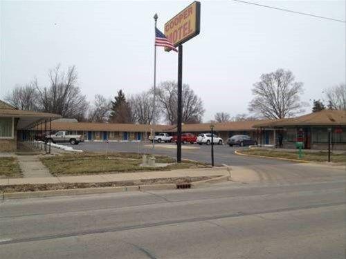 фото Cooper Motel Tuscola 668746852
