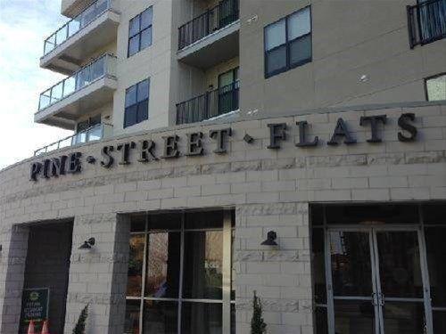 фото Pine Street Furnished Suites 668747334