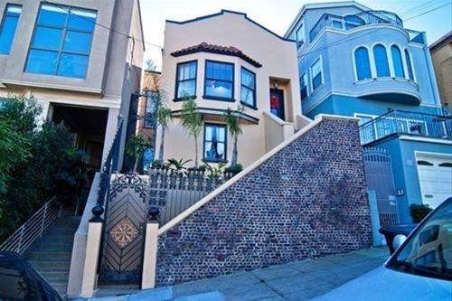 фото Luxury Castro Home 668747336