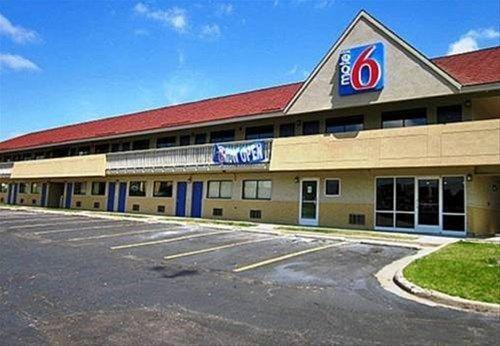 фото Motel 6 - Overland Park 668747360