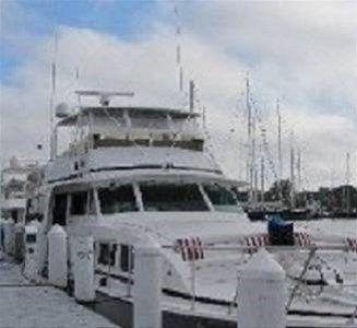 фото Ocean Romance Dockside Bed & Breakfast Yacht 668748418